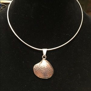 Jewelry - Heavy Sterling Silver Choker w/Sterling Clam Shell